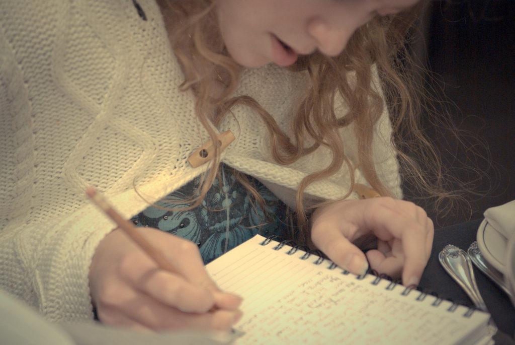 Hea kirjutaja alustab varakult